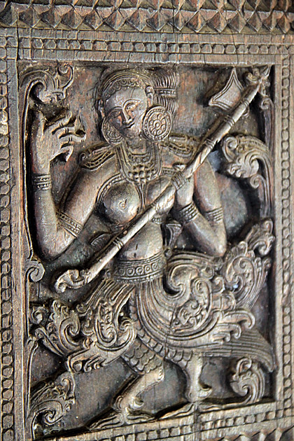 Carving  Embekke Devale