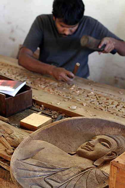 Sri Lankan Wood Working at Rajanima Craft - Sri Lanka For 91